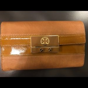 Tory Burch clutch / large wallet 🥨